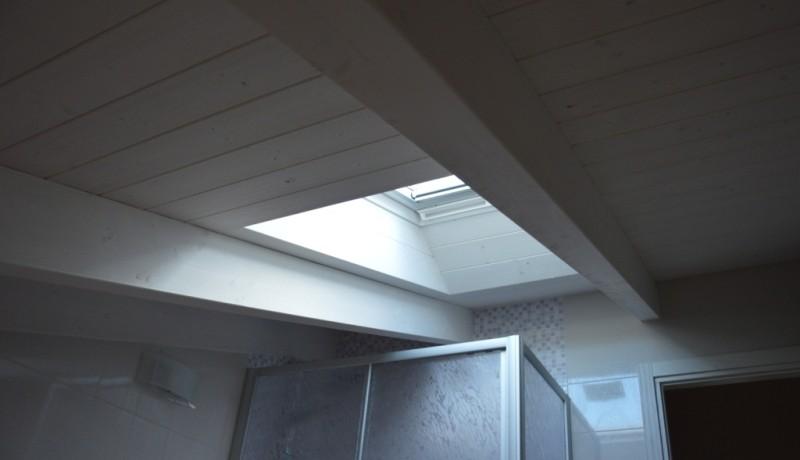 Finestre velux miari for Velux tetto in legno
